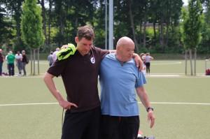 Gemeinsam für den Mädchenfußball: Toto und AFC-Fritz